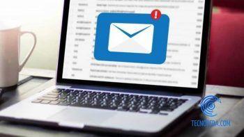 Portátil con webmail abierto