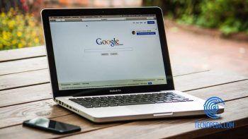 Portátil con Google