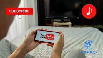 Viendo youtube en el móvil